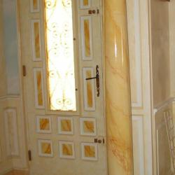 faux marbre sur colonne staff